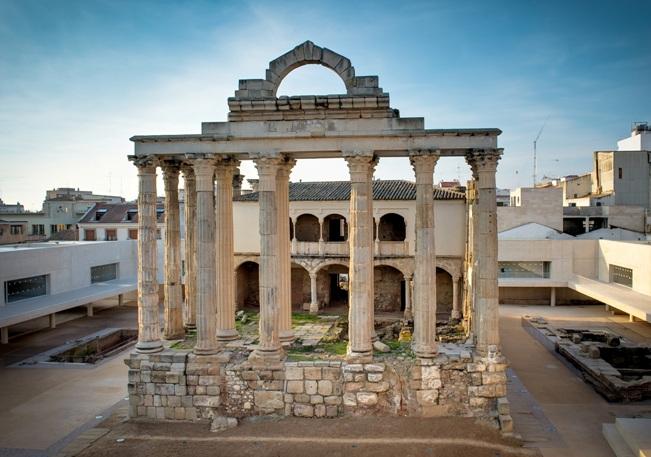 Templo de Diana en Mérida.Ciudades Patrimonio