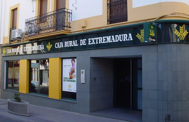 Cajas extremadura21 for Oficinas caja extremadura