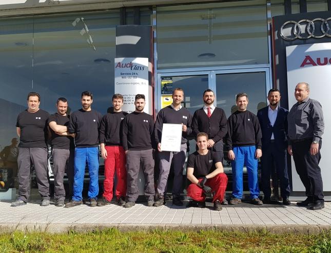 Empleados de CW Meěrida reciben el premio